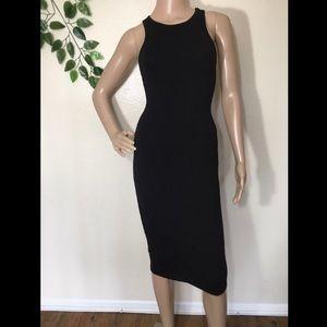 Forever 21 Sleeveless Fitted Black Dress